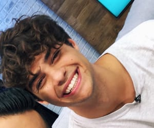 noah centineo and boys image