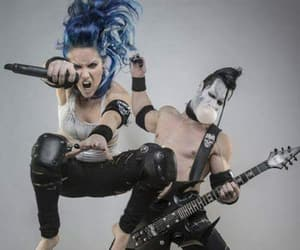 kiss, alissa white-gluz, and arch enemy image