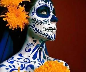 cultura, dia de muertos, and flores image