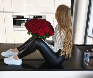 blonde, fashion, and goals image