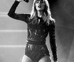 b&w, black and white, and taylor image