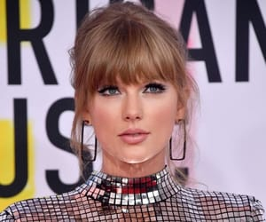 Taylor Swift, Reputation, and amas‬ image