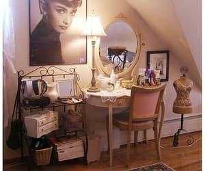 bedroom, audrey hepburn, and mirror image