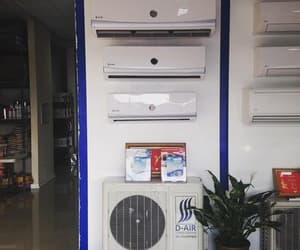 ductless air conditioner and ductless heating systems image
