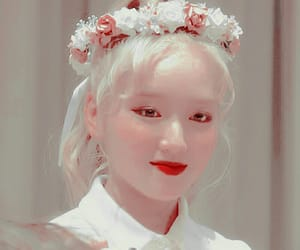 kpop icons, loona icons, and gowon image