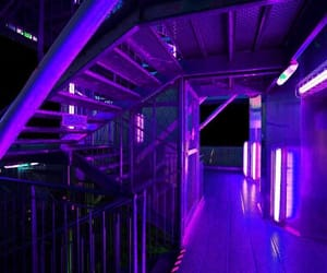purple and néon image