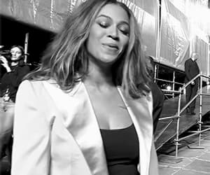 beyonce knowles, gif, and los angeles image