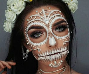 Beautiful Girls, Halloween, and skulls image