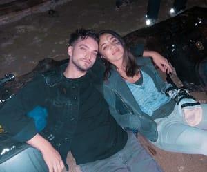 couple, richard harmon, and the 100 image