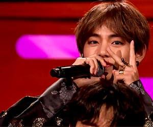 gif, min yoongi, and jeon jungkook image
