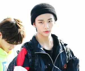 hyunjin, stray kids, and hwang hyunjin image