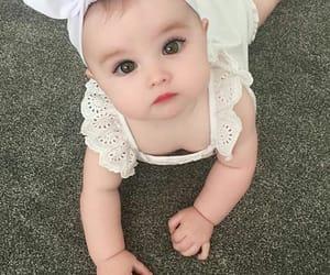 ﺑﻨﺖ, طفله, and بُنَاتّ image