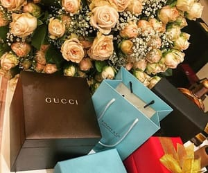 flower, gucci, and suprise image