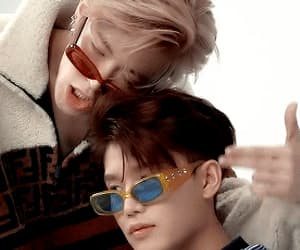 gif, ♡nct♡, and taeil image