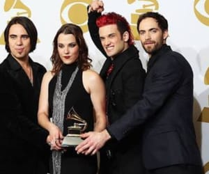 award, lzzy hale, and grammy's image
