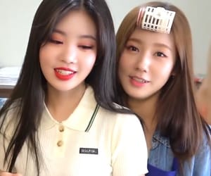 girls, soojin, and icons image