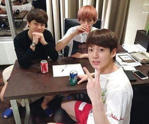 bts and maknaes image