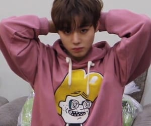 jihoon, park jihoon, and wanna one image