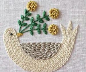 ave, bordado, and paz image