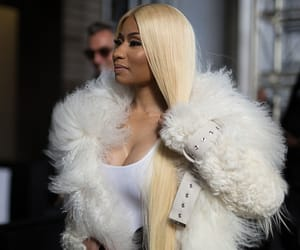 blonde, performance, and rapper image