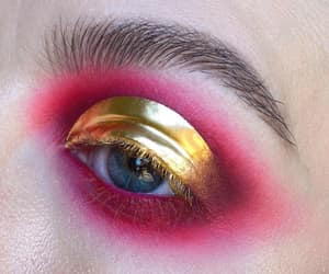 aesthetic, eye, and eyemakeup image