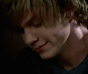 gif and evan peters image