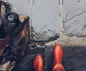 aesthetic, autumn, and boots image
