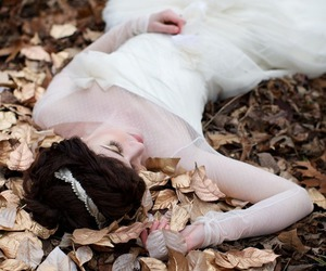bride and leaves image