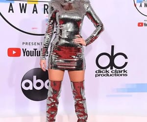 Balmain, elegancia, and Taylor Swift image