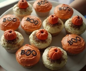 cupcake, Halloween, and pumpkin image