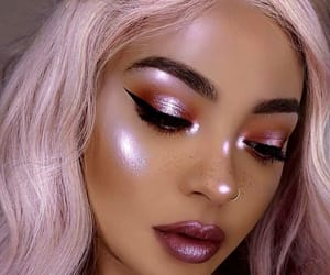 girl, highlight, and pink image