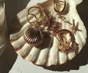 aesthetic, gold, and jewelry image