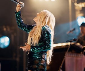 hair, mic, and carrie underwood image