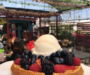 comida, ice cream, and nieve image