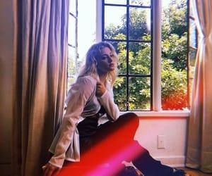 girl, lili reinhart, and pretty image