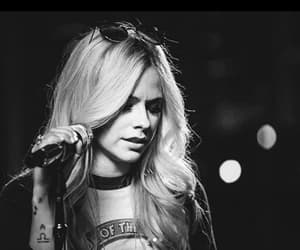 Avril, headabovewater, and lavigne image