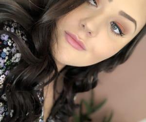 brunette, eyebrows, and eyelashes image