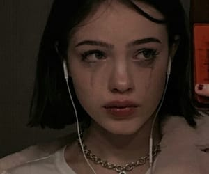 cry, short hair, and girl image