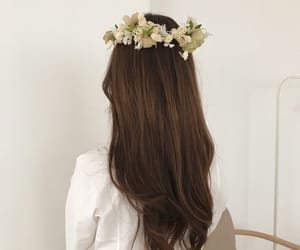 aesthetic, hair, and flowers image