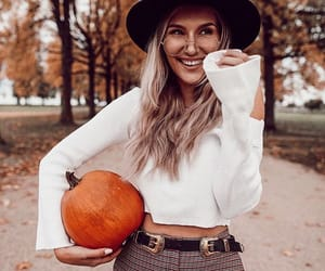 fall, girl, and aesthetic image