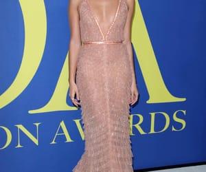 red carpet, sara sampaio, and cfda fashion awards image