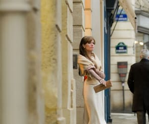 Angelina Jolie and the tourist image