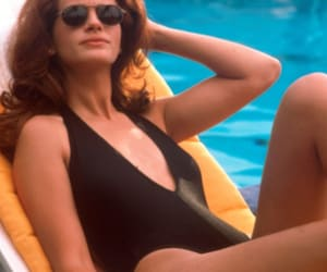 julia roberts, vivian ward, and pretty woman image