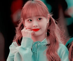 chuu, kpop icon, and kim ji woo image