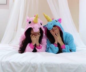 unicorn, best friends, and girls image