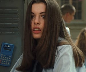 Anne Hathaway, 90s, and icon image