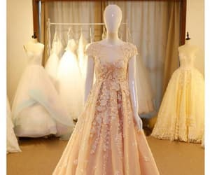sleeveless evening dress, champagne evening dress, and prom dresses lace image