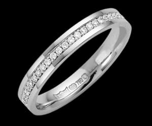 diamond rings, gold rings, and silver rings image