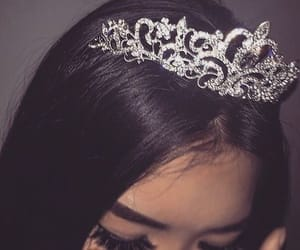 crown, girl, and Queen image