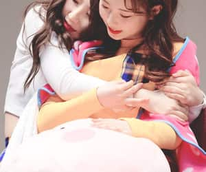 k-pop, yeojin, and haseul image
